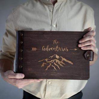 """Фотоальбом с дерева - подарок ручной работы, путешествия, """"The Adventures"""", тревелбук"""
