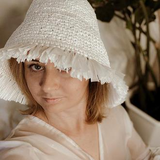 Пляжная шляпа с бахромой