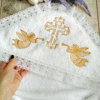 Крыжма махровая теплая для маленького ребенка с вышивкой в золоте