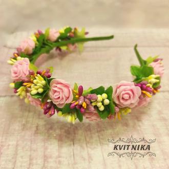 Очень нежный веночек с розовыми розами. Ободок для волос