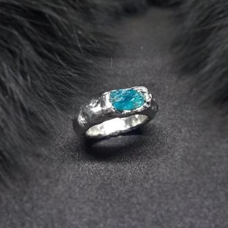 Кольцо Ice, кристалл апатита, сплав олова, меди и серебра