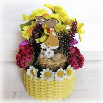Пасхальный сувенир маленькая корзинка с кроликом Поделки на пасху в детский сад или школу