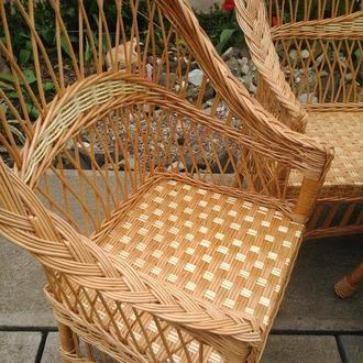 """Кресло """"Обычное"""" с белыми вставками"""