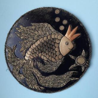 "картина из монет ""золотая рыбка"""