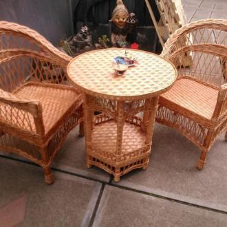 """2 кресла """"Обычные"""" с низкой спинкой №1 и круглый стол"""