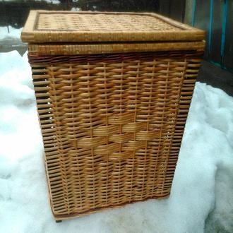 Ящик квадратный маленький с окантовкой