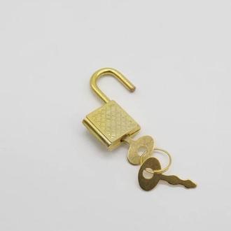 Замочек маленький колодка золотой для шкатулок и творчества 30х18 мм