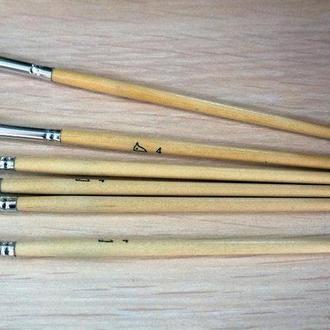 Кисть для рисования №4 плоская белая, пони