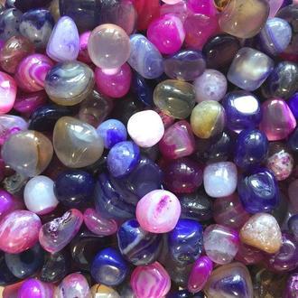 Натуральный камень крошка Агат розовый и фиолетовый округленный +-10 мм (10 грамм). Камінь крихта натуральний