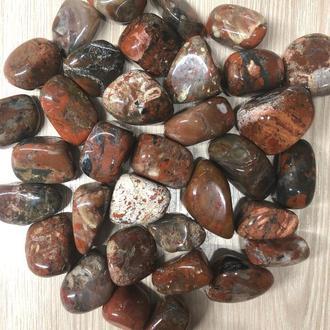 Натуральный камень галтовка крошка Коричневая яшма обработанный скол 20-30 мм (20 грамм, 2 шт)