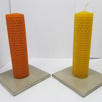 Набор свечей с бетонными подставками
