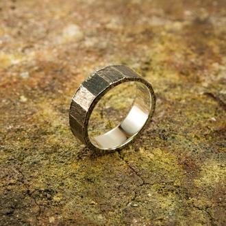 Кованое кольцо с гранями