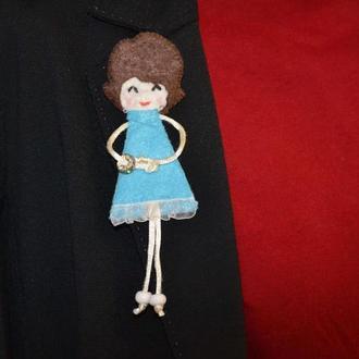 "Брошь куколка ""Мери"""