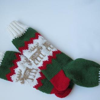 Новогодние вязаные носки