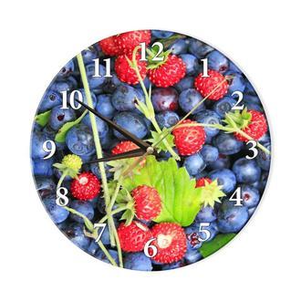 Настенные часы с фото ягод черники и земляники сделанные Ультрафиолетовой печатью на стекле.