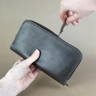 Кожаный мужской кошелек  серого цвета Tsar.store с ручным швом