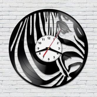 Настенные часы из винила Зебра