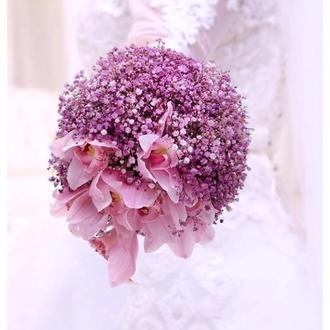 Свадебный букет Невесты из малиновой гипсофилы