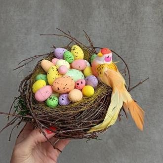 Пасхальна композиція, весняна композиція - гніздо з пташкою
