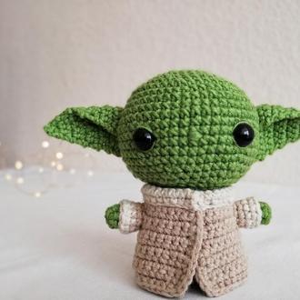Малыш Йода, вязаная игрушка