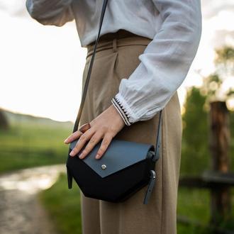 Жіноча дерев'яна сумочка Лея