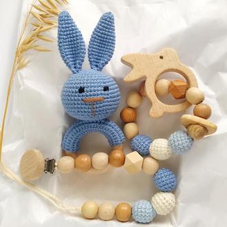 Погремушка-грызунок зайчик. Первая игрушка малыша