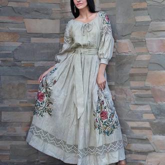 """Льняное платье с вышивкой и росписью """"Дымчатая роза"""""""