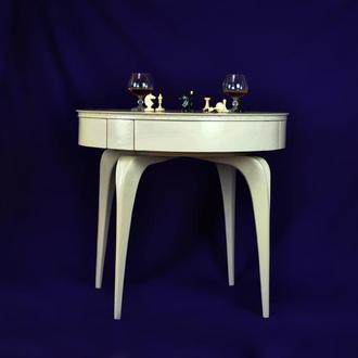 Столик шахматный кофейный