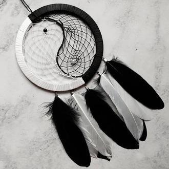Чёрно белый ловец снов Инь Янь. Декор для дома. Подарок. Амулет.