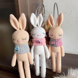 Зайчик. Вязаный зайчик .Первая игрушка для новорожденных. Зайчик пасхальный.