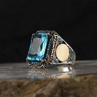 Квадратное кольцо из серебра мужское с инициалами рисунком орнаментом ручной работы