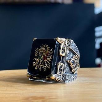 Большое мужское тяжелое кольцо перстень из серебра с камнем Янтарь