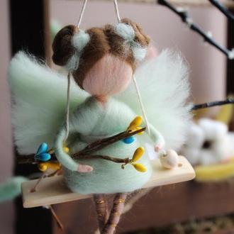 Куколка на качели Ангел на Пасху