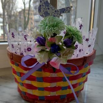 Пасхальная салфетка с декором для корзинки