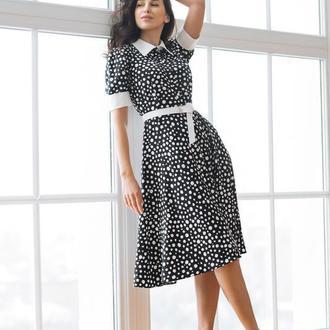 Чёрное платье миди в белые пятнышки  с воротничком