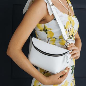 Женская сумка бананка на пояс или через плечо ручной работы из натуральной кожи c легким ма