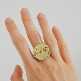 Кольцо Девушка и птицы. Размер регулируется