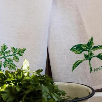 Набор льняных кухонных полотенец с ручной вышивкой