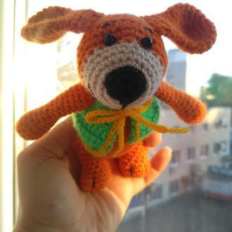 Собака-Улыбака в жилетке, мягкая игрушка вязаная крючком, Подарок