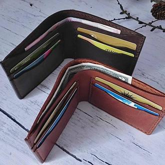 Кожаный мужской кошелёк с именной гравировкой. Кожаный  мужской бумажник ручной пошив.