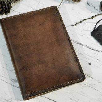 Кожаное портмоне для документов с именной гравировкой . Портмоне для прав  ручной пошив.