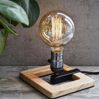 Светильник ручной работы Настольная лампа из дерева  Подарок маме