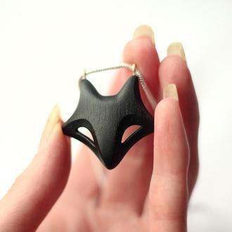 Кулон черная лиса. Кельтские украшения животных. Резьба по дереву талисман. Тотэмное животное