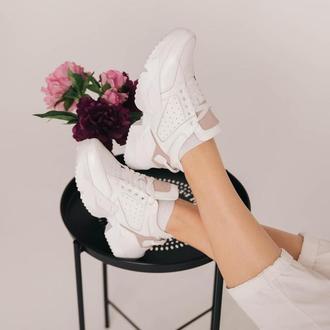 Жіночі шкіряні кросівки