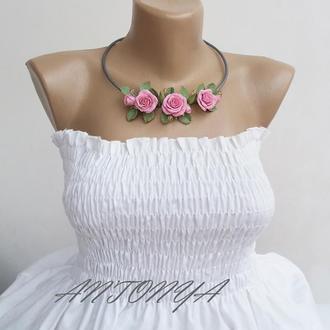Колье розовое с цветами, колье Розовые розы, колье цветы
