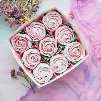 Розы из зефира