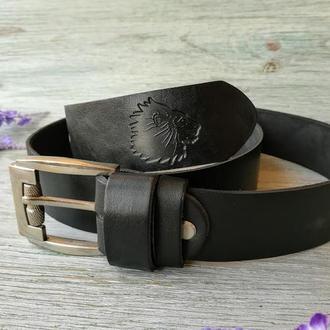 """Кожаный ремень мужской черный классический для джинсов с тиснением """"Лев"""" кожа ручная работа"""