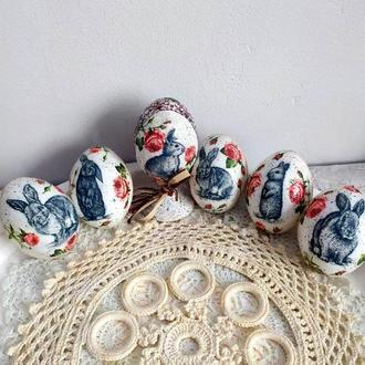 Набор пластиковых пасхальных яиц Зайчики.