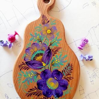 Деревянная разделочная доска из бука груша Астры Петриковская роспись