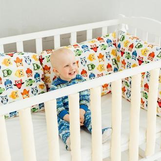Бортики-подушки в детскую кроватку, защита в детскую кроватку
